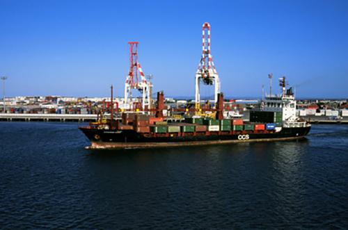 中美海运双清到门运费哪家货代比较便宜?